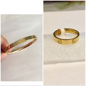 Jewelry - Bundle for a ring and a bracelet gold color